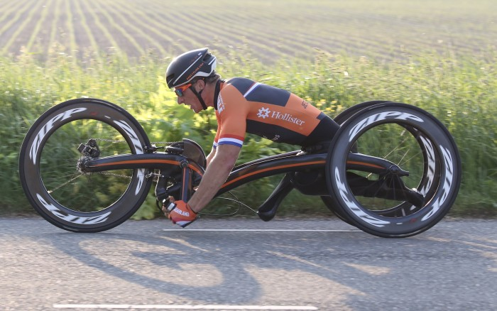 Carbon M5 Handcycle