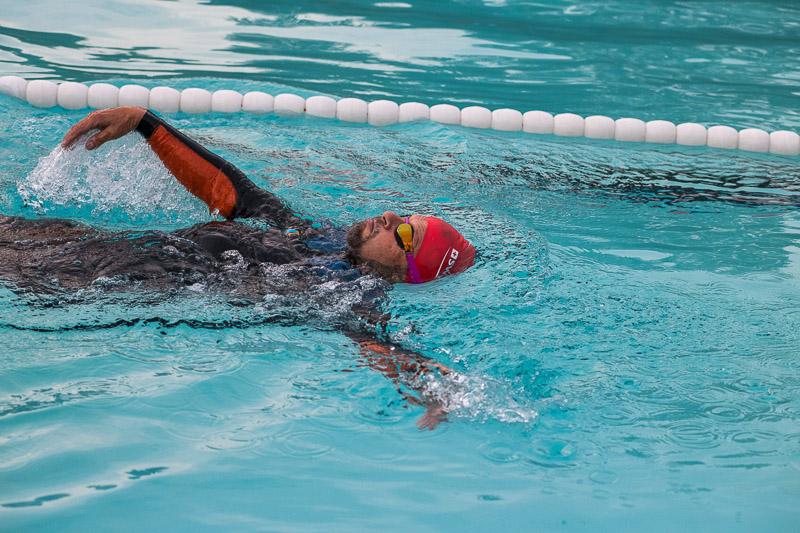 Walter Eberle im Schwimmbecken